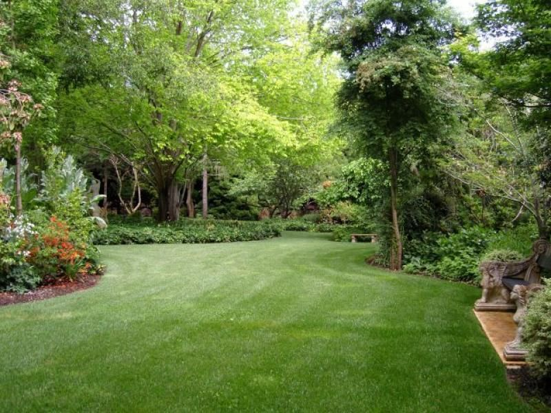 Garden Design: Garden Design With Photo Of A Landscaped Garden .