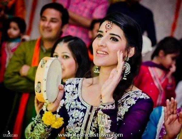 Pakistani Hot Celebrity Hareem Farooq ActressBeautiful ActressesHareem FarooqWedding