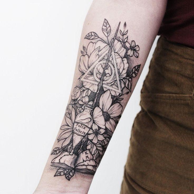 Instagram Milkywayink Facebook Milchstrasse Tatowierung Harry Potter Tatowierung Mit Blumen Harry Potter Tattoo Harrypottertattoo Hp With Images Harry Potter Tattoos Leg Tattoos Tattoos