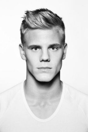Captivating Hot Hairstyles For Men 2014
