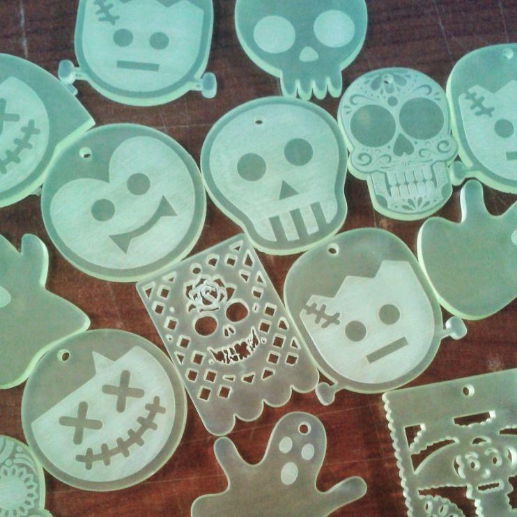 Llaveros acr lico lasercut acrylic by acrymaquetas mdf - Colgadores de pendientes ...