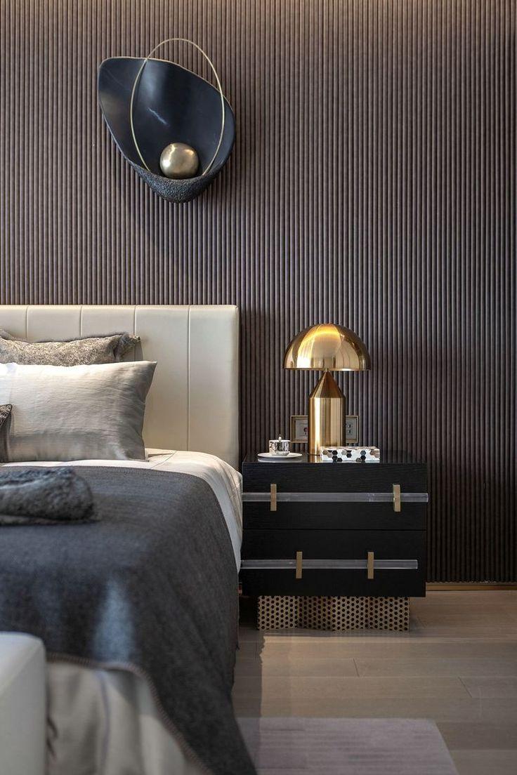 Schlafzimmer Inspiration Dunkle Farben Goldene Akzente In 2020