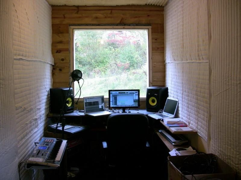 Le Very Small Recording Studio Decorating Ideas In Rustic Way