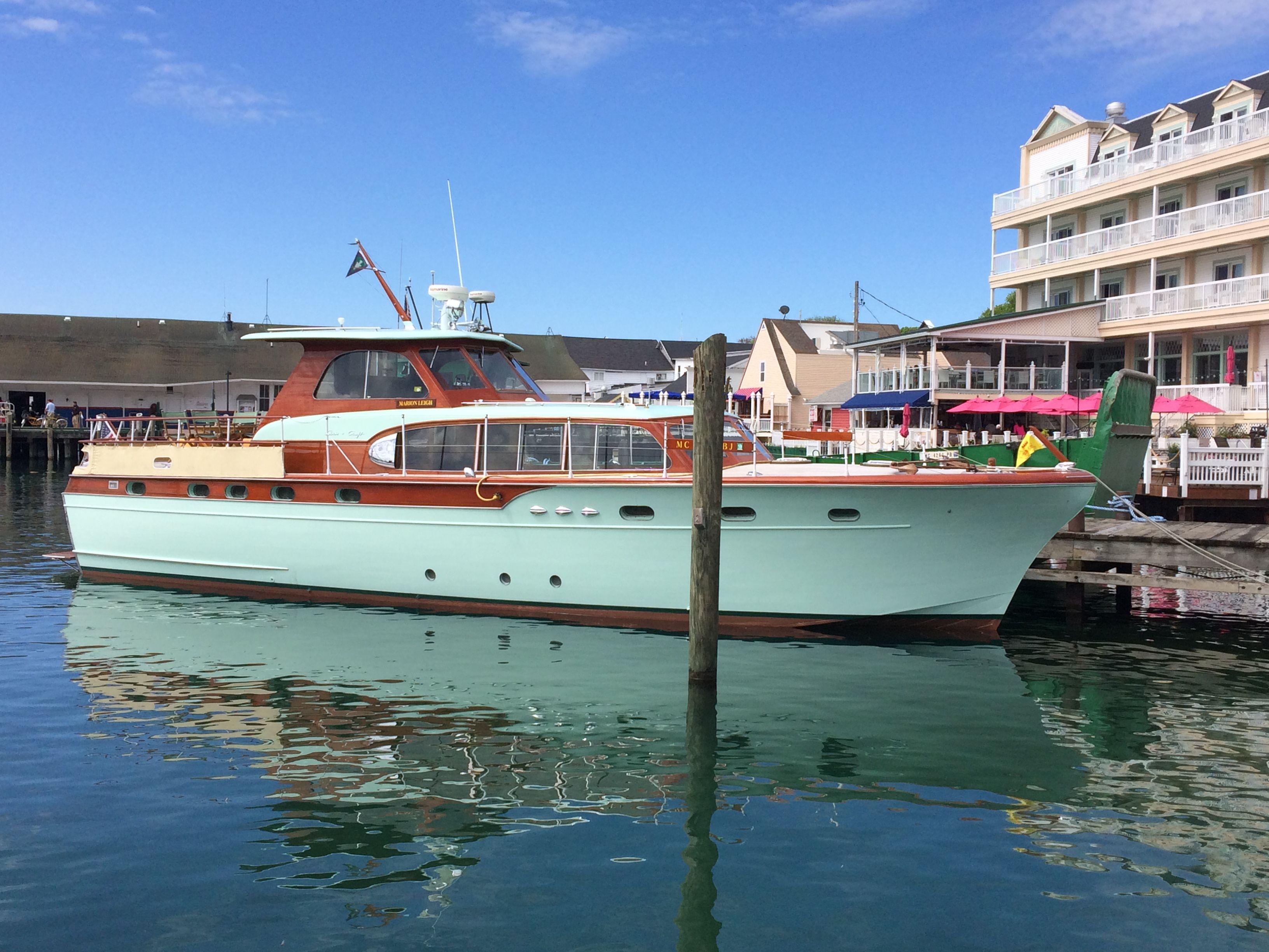 new cabin cabins sale inventory avanti rv cruiser for cuddy sam used boats