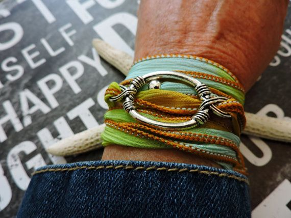 Hoby Handpainted Habotai Silk Wrap Bracelet  Oval Ring by SILJEWEL