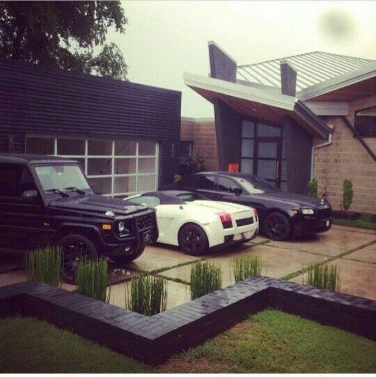 Luxury Car Obsession: Mercedes Benz G Wagon, Lamborghini Gallardo And Rolls