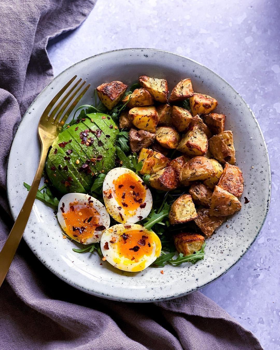 Rucola: ce beneficii are unul dintre cele mai populare tipuri de salata