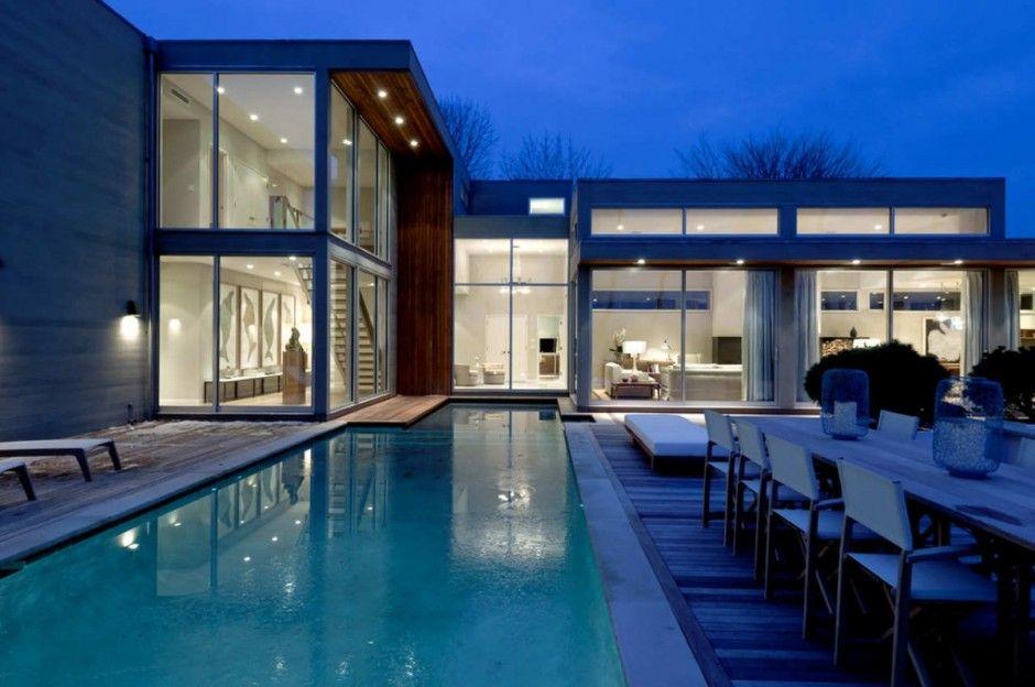 Casa moderna y luminosa piscina y jardin dise o de for Casa moderna hampton hickory