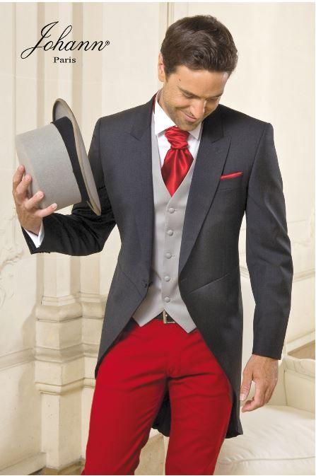Costume gris et rouge  174a64d52c6