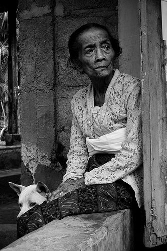 old lady in bali