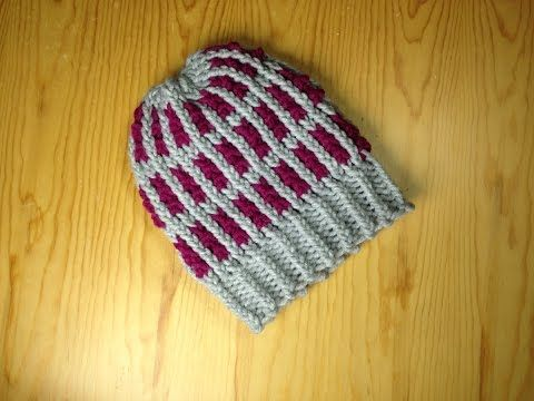 How To Loom Knit A Two Tone Striped Hat Diy Tutorial Diy