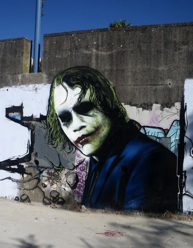 A Street Art Tribute Heath Ledger As Joker Hit The Road
