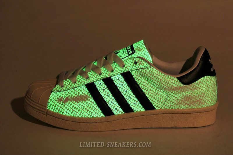 online retailer bab08 17e93 Adidas Glow In The Dark Superstar 80s G Snake Shoes White Black
