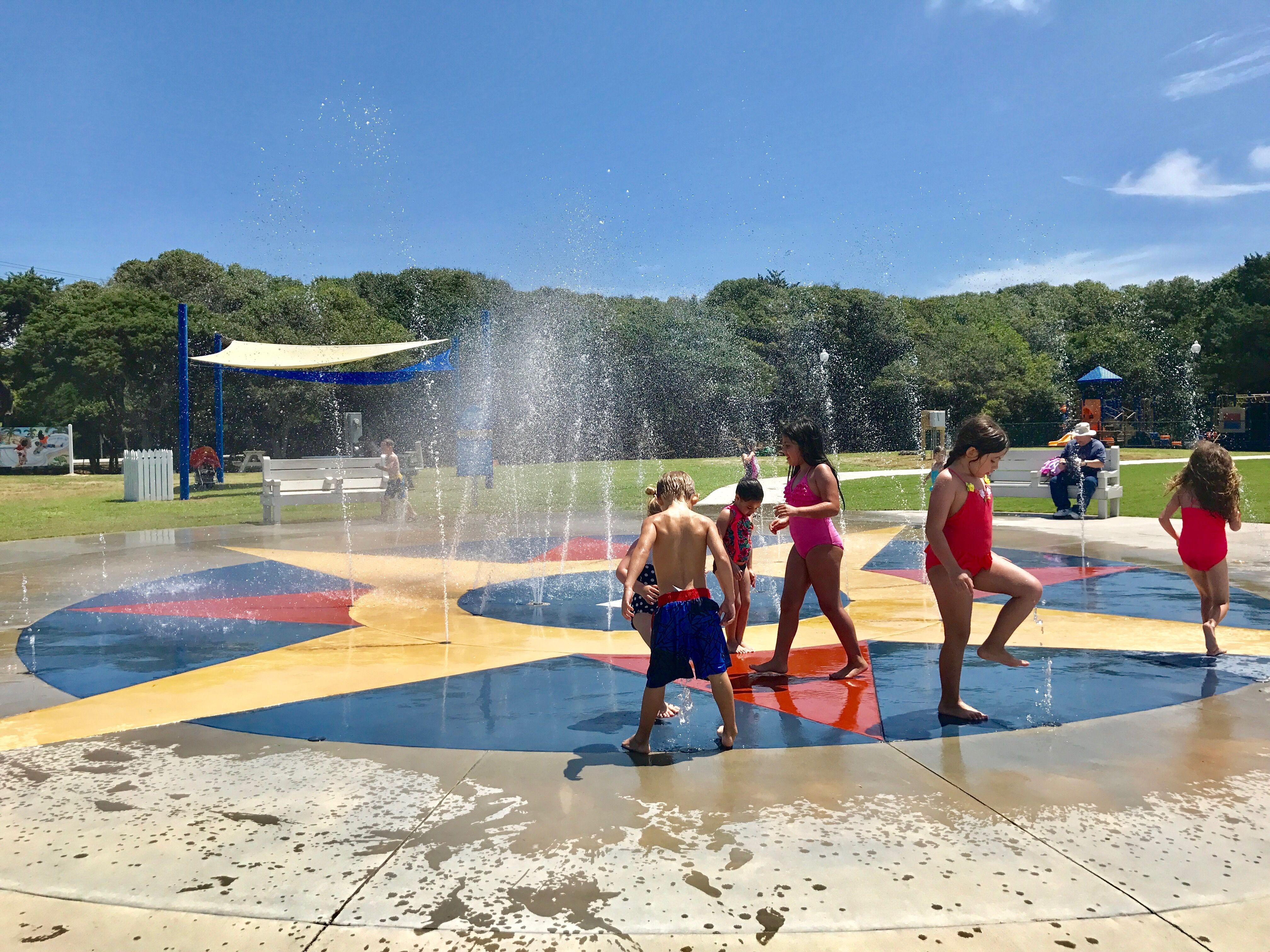 The Splash Pad In Atlantic Beach Nc Features A Kids Water Fountain Mini Golf