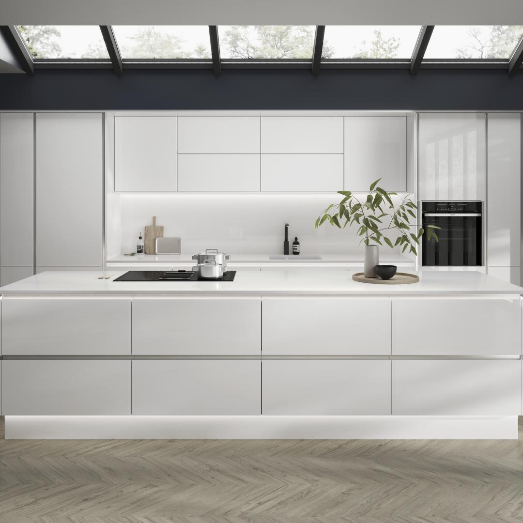 Hockley Mirror Gloss White Handleless In 2020 Handleless Kitchen Handleless Cabinets Kitchen Room Design