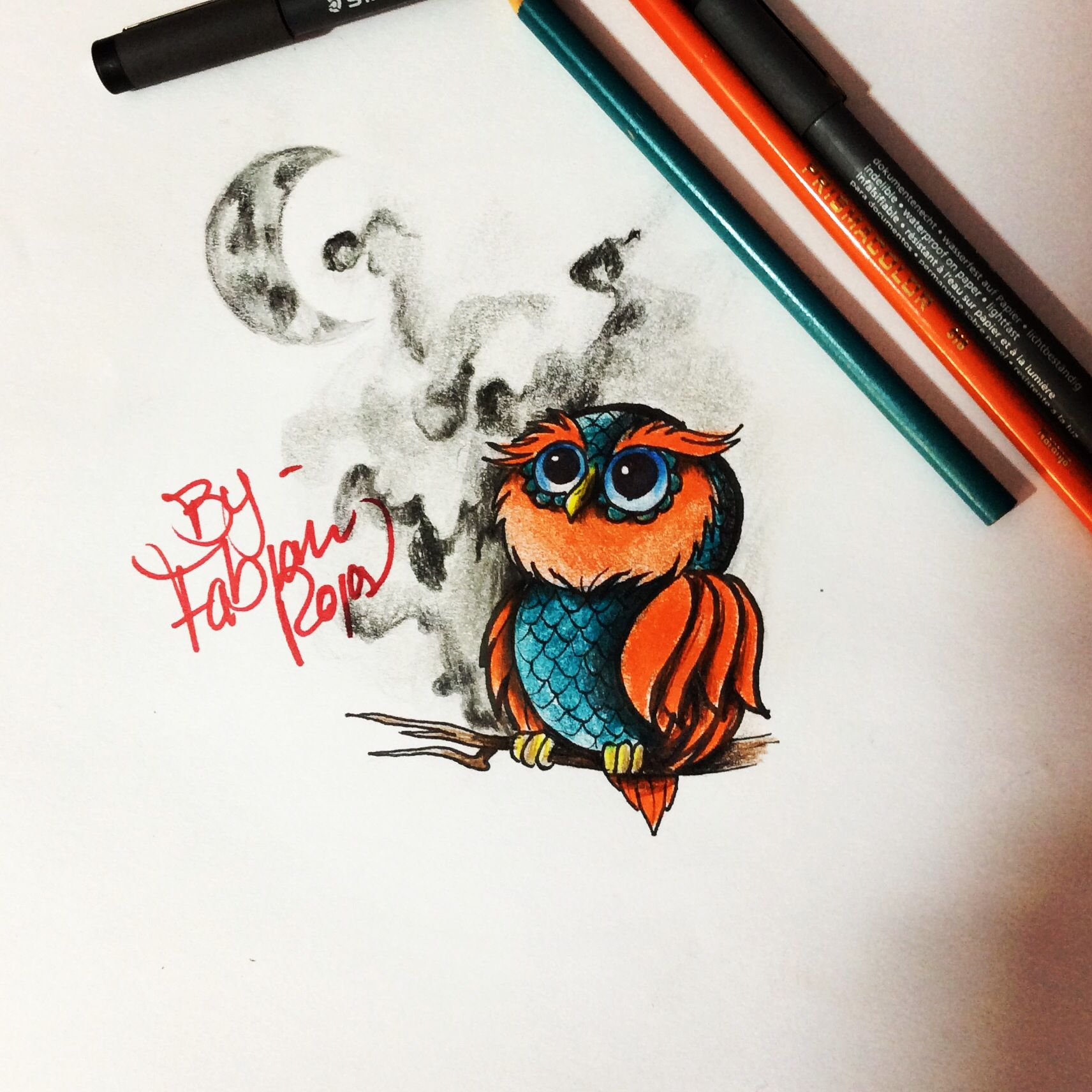 Búho  owl. Tattoo sketch diseño tatuaje