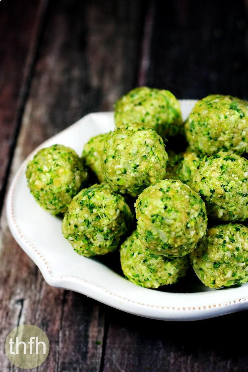 Clean Eating Raw Broccoli Balls…made with clean, real food ingredients, are ready in about 5 minutes and they're raw, vegan, gluten-free, dairy-free, egg-free and paleo-friendly | The Healthy Family and Home