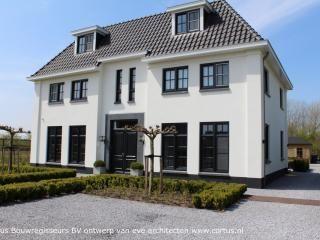 Eigentijdse witte villa huisplattegronden pinterest huizen