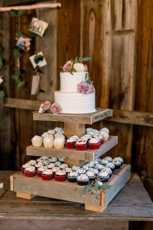 Midwestern Rustic Barn Wedding | Country style wedding ...