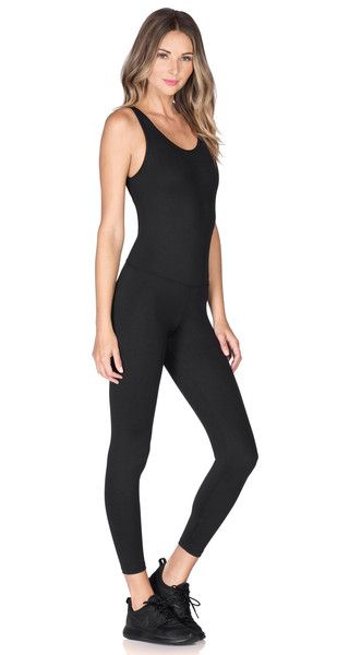 Fashion, form and function are distinctively fused into our strappy one-piece wonder. Cut from our Evanesce fabrication, this open back compression jumpsuit seamlessly smooths your curves while improving mobility, increasing oxygen delivery to muscles and wicking away moisture to ensure you stay dry, comfortable and confident.