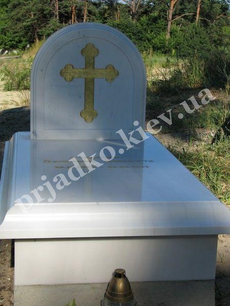 Заказать памятник с установкой из мрамора где заказать памятник на могилу в санкт