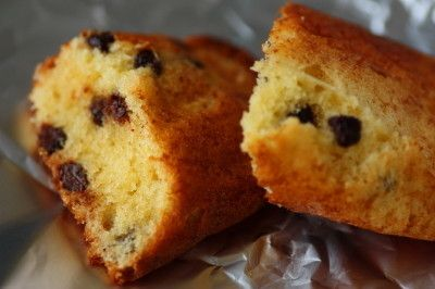 超簡単♪チョコチップ入りホイルケーキ ワンボウルで計りながらどんどん混ぜて作る型不要の簡単ホイルケーキ! ミルクカルシウムも豊富♪携帯おやつにも!