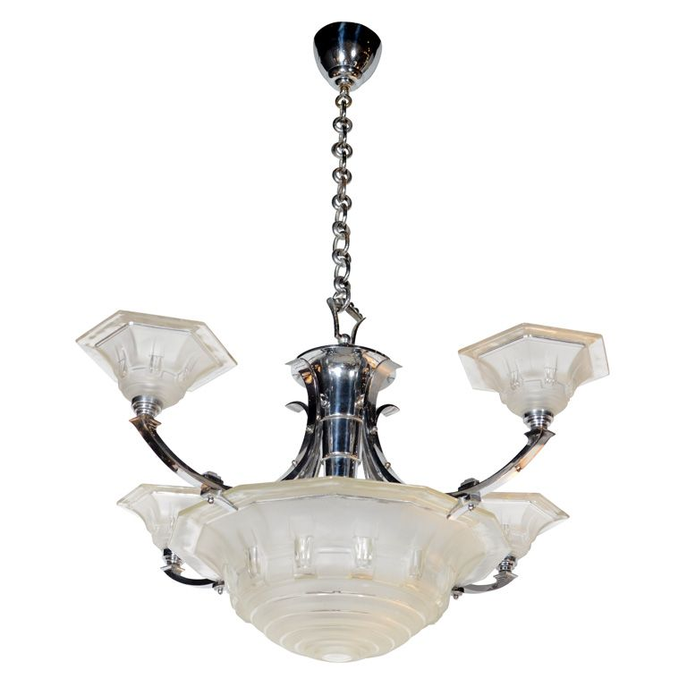 Stunning Art Deco Chandelier in the Manner of Lalique