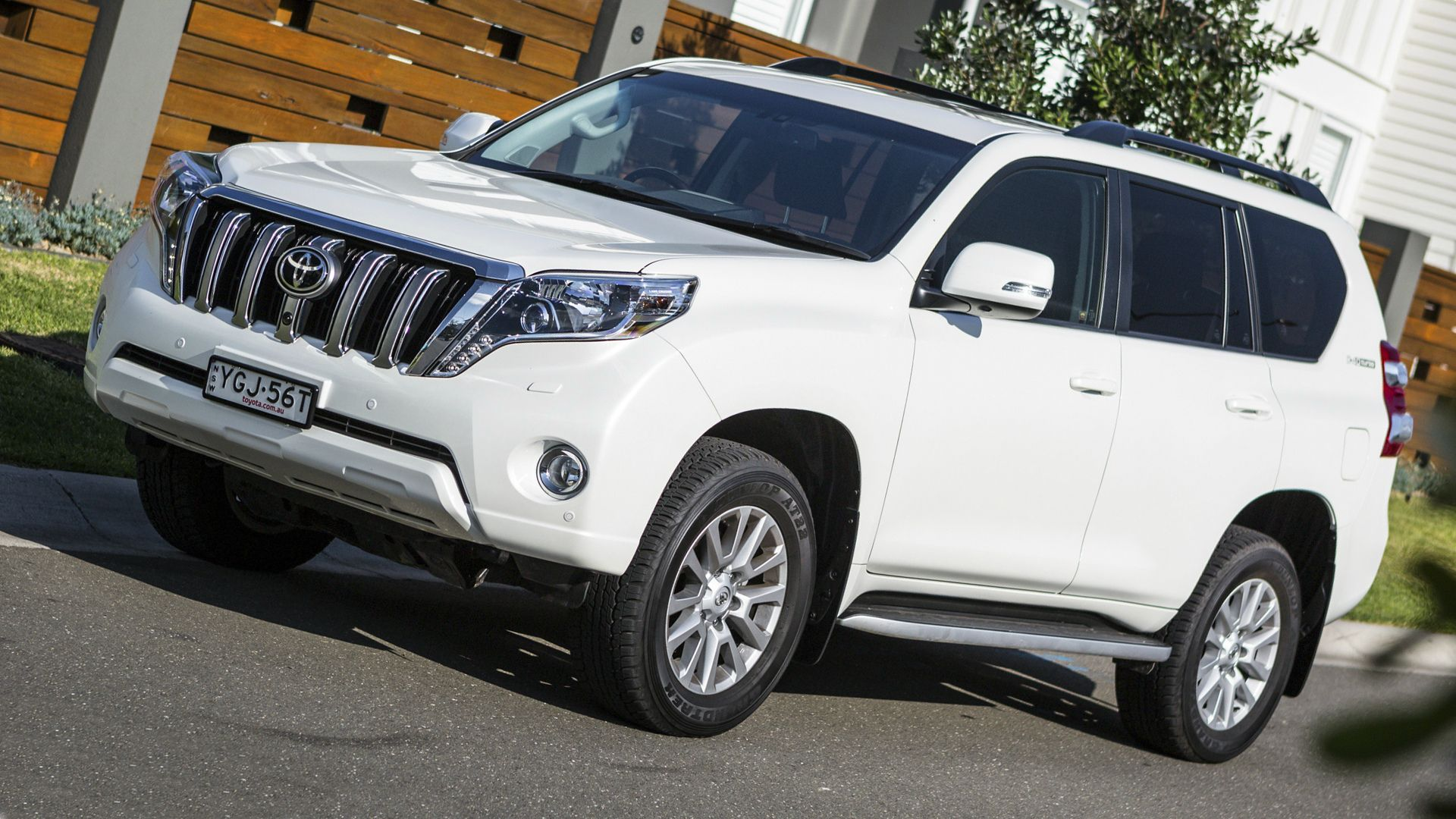 New 2019 Toyota Land Cruiser Prado First Pictures Land Cruiser Toyota Land Cruiser Prado Toyota