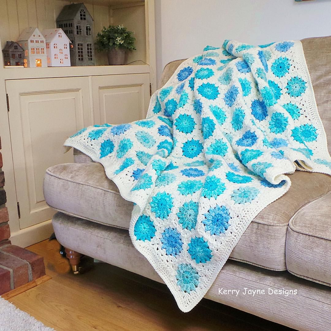 Gorge blanket - from granny square by Susan Pinner. Her quote on ...