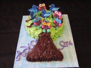 """Owls and Birds in Tree"" cake"