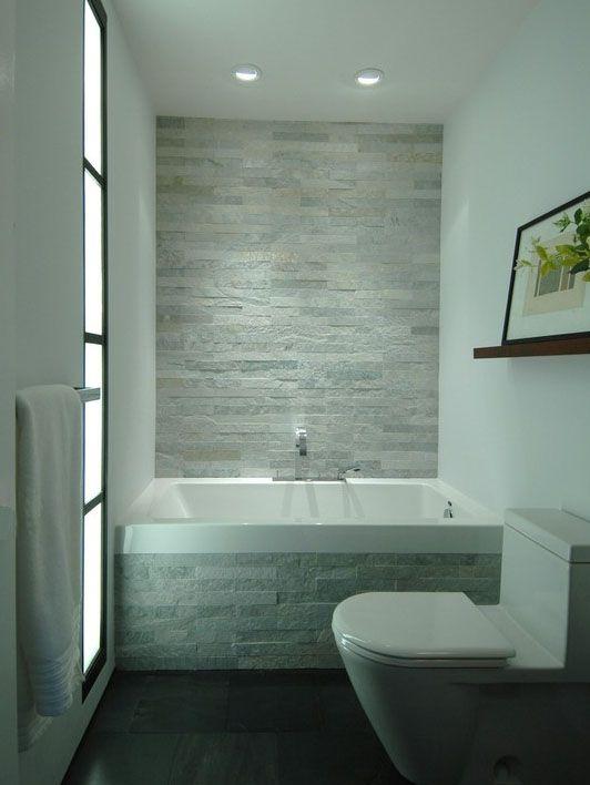 Fliesen aus naturstein für ihr badezimmer der look von naturstein fliesen im modernen badezimmer wird immer beliebter die stein ziegel auch gestapelten