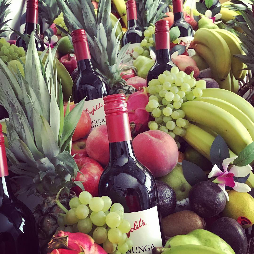 The perfect fruit baskets FREE DELIVERY wine champagne