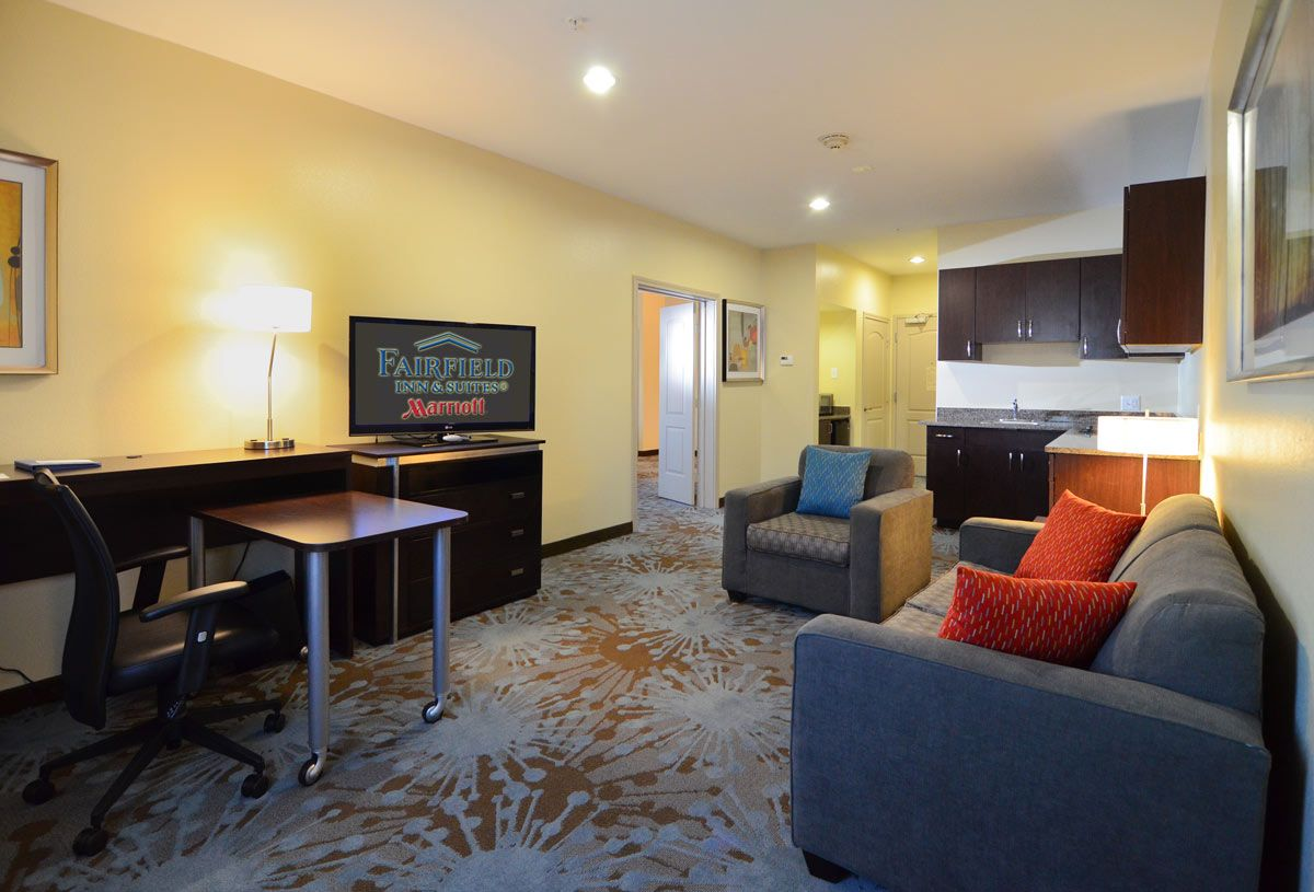 Amazing hotel in spring city is waiting for you. If you are visiting through Texas