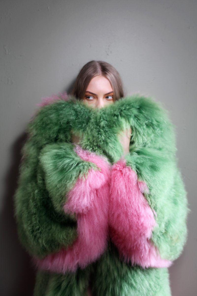 Aw17 David Ferreira Official Pink Fur Fur Coat Pink Fur Coat [ 1200 x 800 Pixel ]