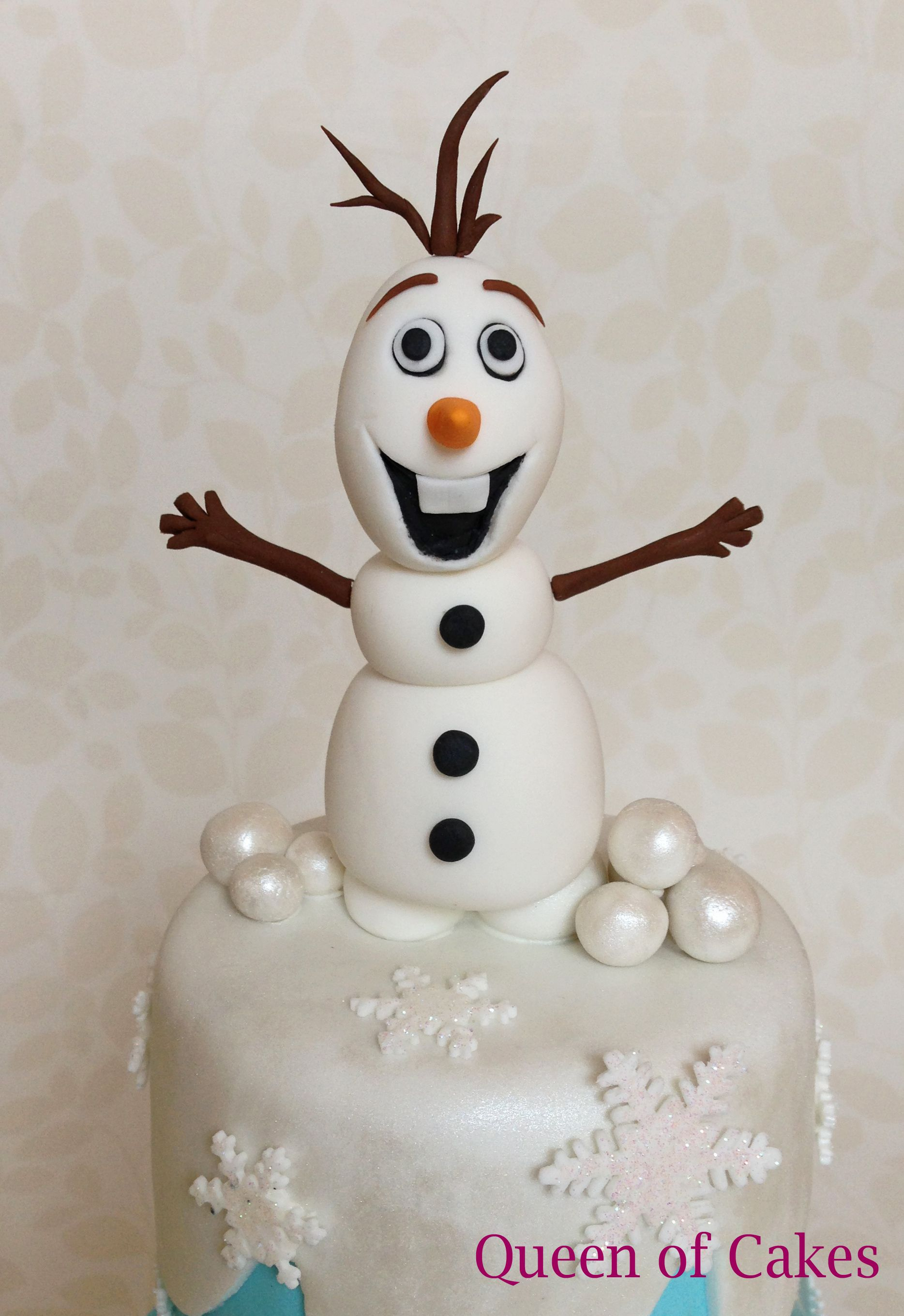 Disney Frozen Olaf 4th birthday cake with glitter snowflakes and ...