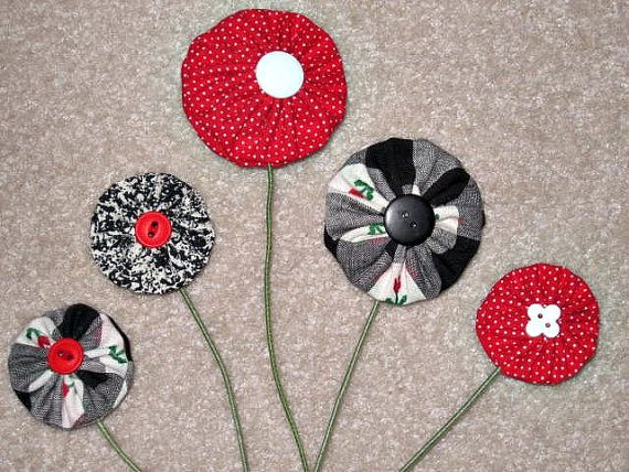 Black, Red & White Double-Sided Yo Yo Fabric Flowers - Set of 5