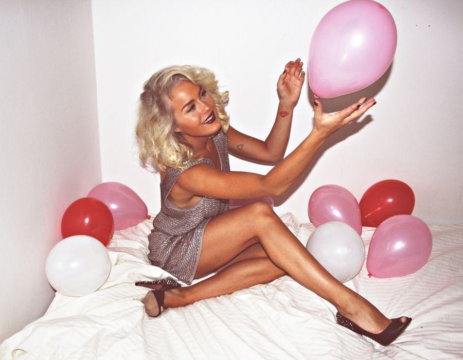 Blonde balloons sexy videos black dick