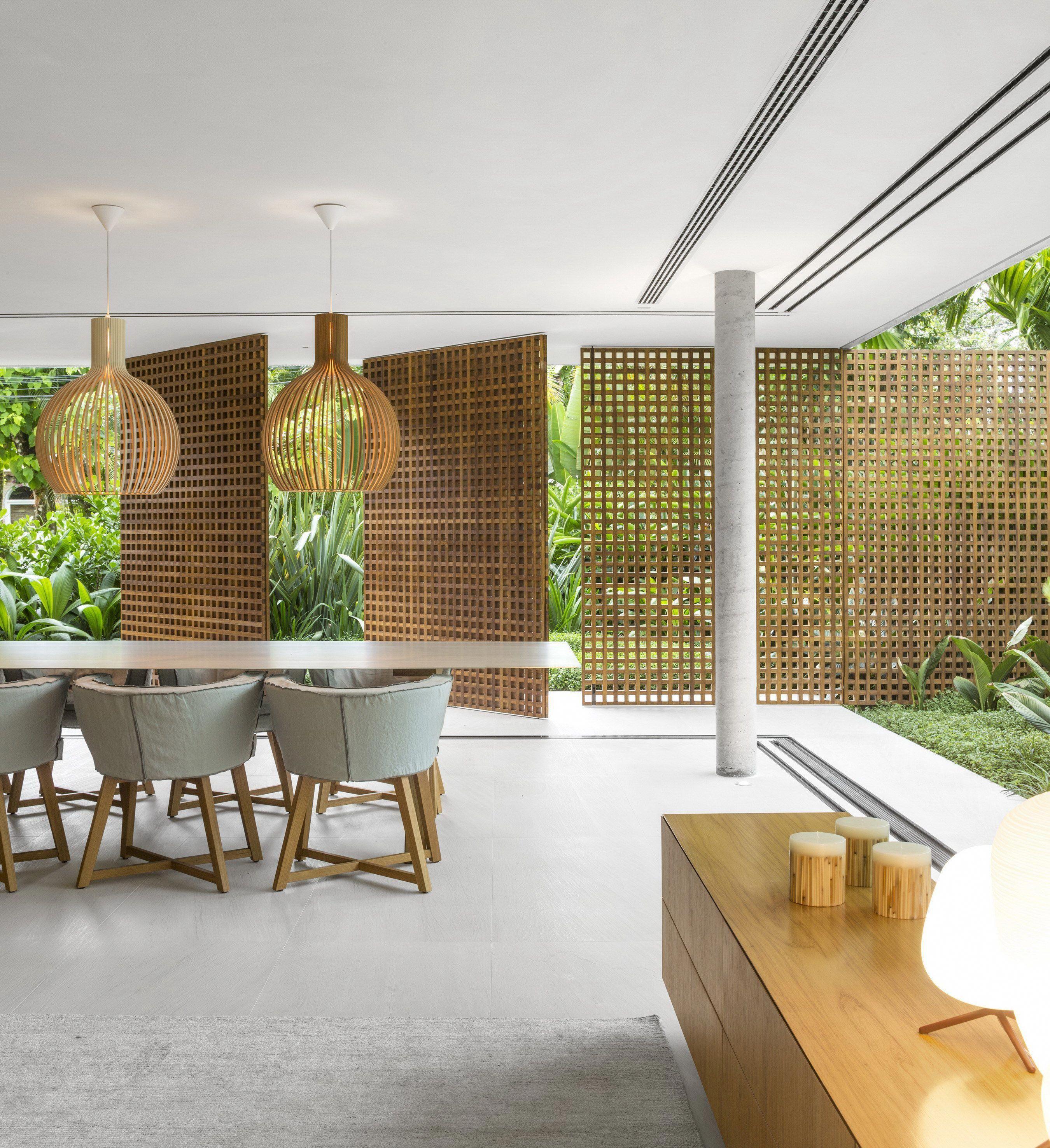 Contemporary Tropical House Tanga House: Brazilian House By StudioMK27