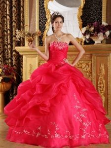 aa61d16f31 Coral Red Ball Gown Strapless Floor-length Embroidery Organza Quinceanera  Dress