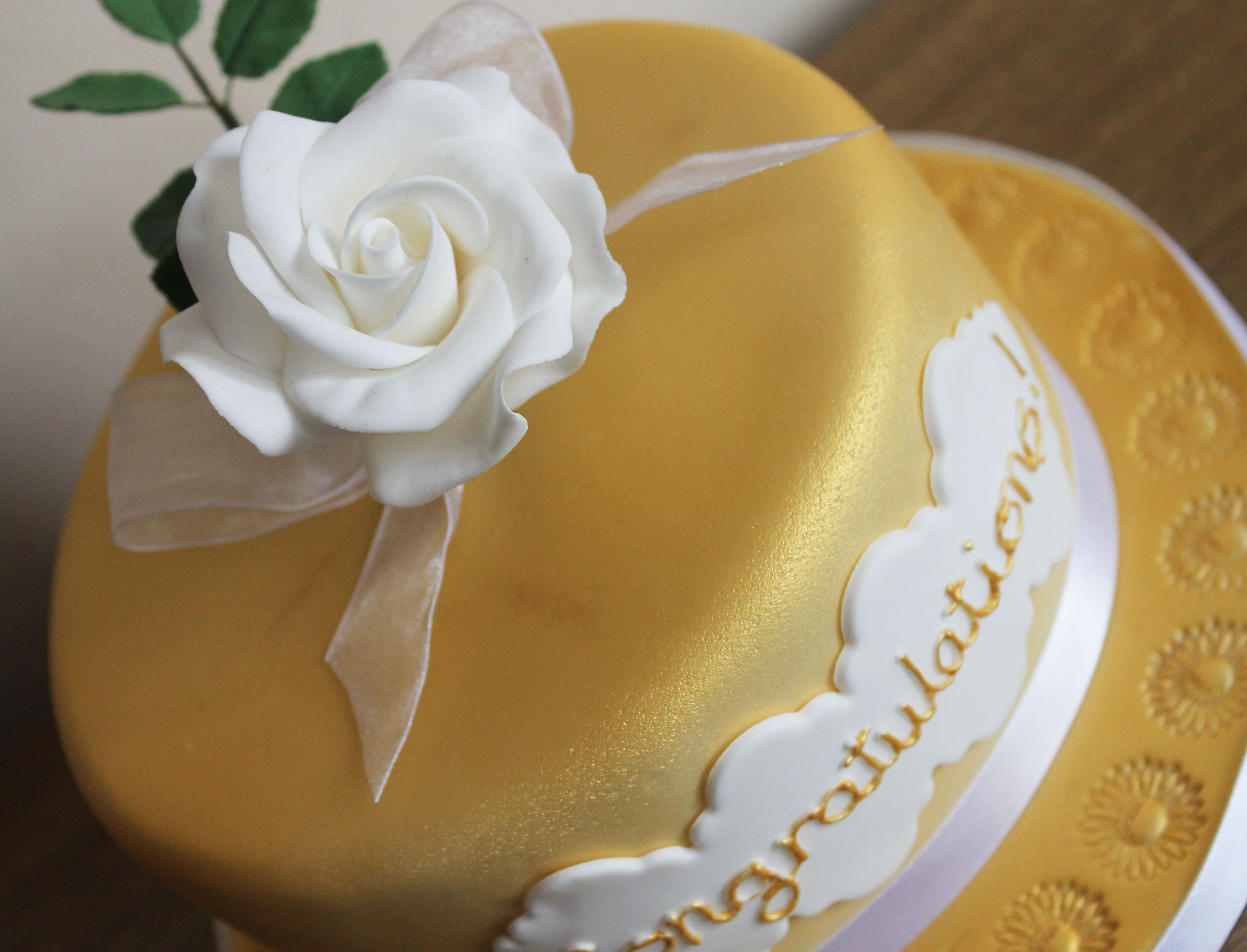 A cake for Gold Chelsea florist winners