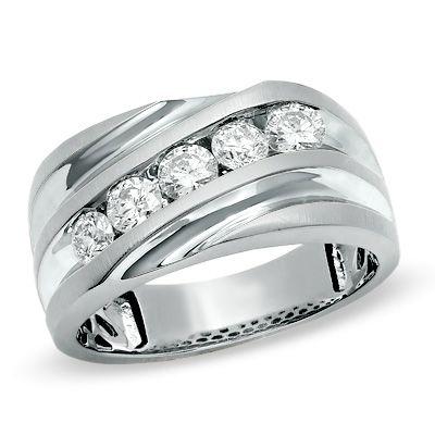 Men S 1 Ct T W Diamond Slant Wedding Band In 14k White Gold Ladies Diamond Rings Unique Diamond Rings Mens Diamond Wedding Bands