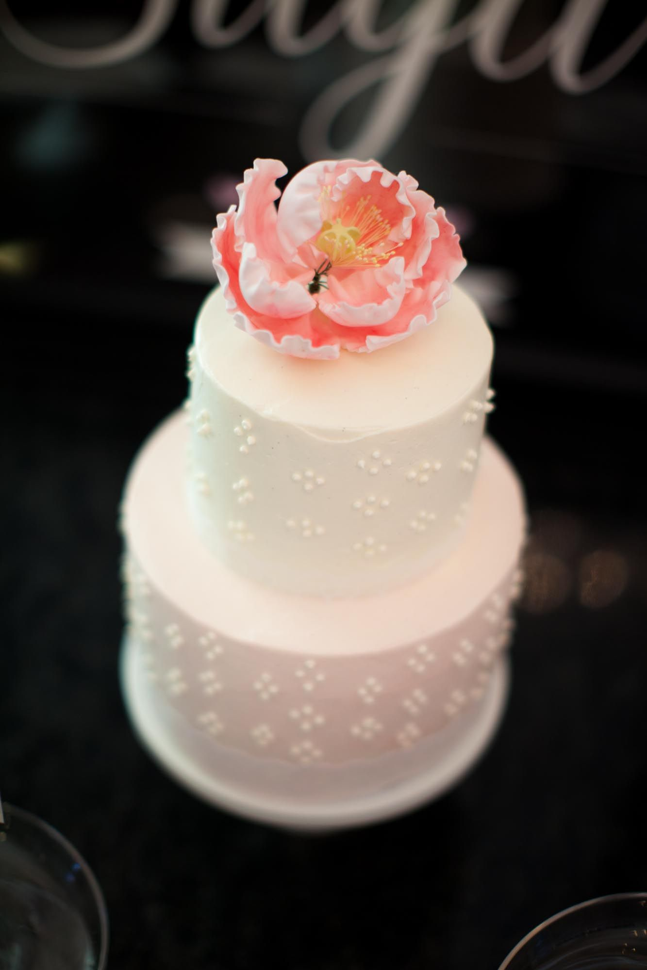 Small cutting cake to go with a