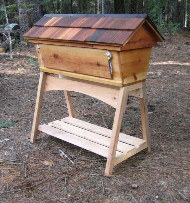 Top bar hive | Bee hive plans, Bee hive, Bee keeping