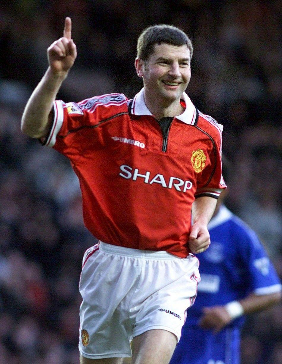 dennis irwin Google Search Manchester united legends