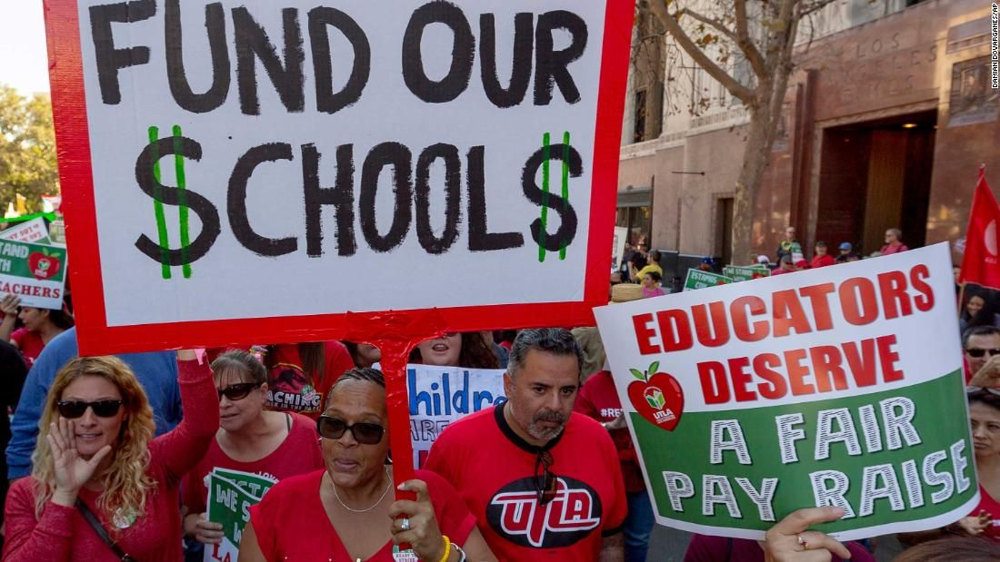 Thousands Of Los Angeles Teachers Are About To Go On Strike What Will Happen To 600 000 Students Teachers Strike Elementary Learning Teacher Tech
