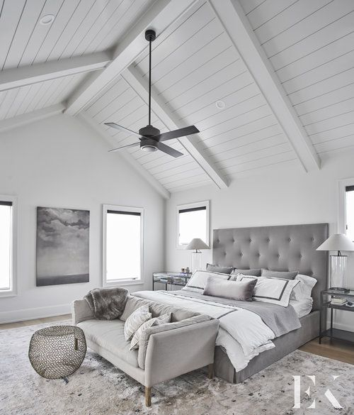 20 Bedroom Designs With Vaulted Ceilings: High Vaulted Master Bedroom Ceiling With White Paneling