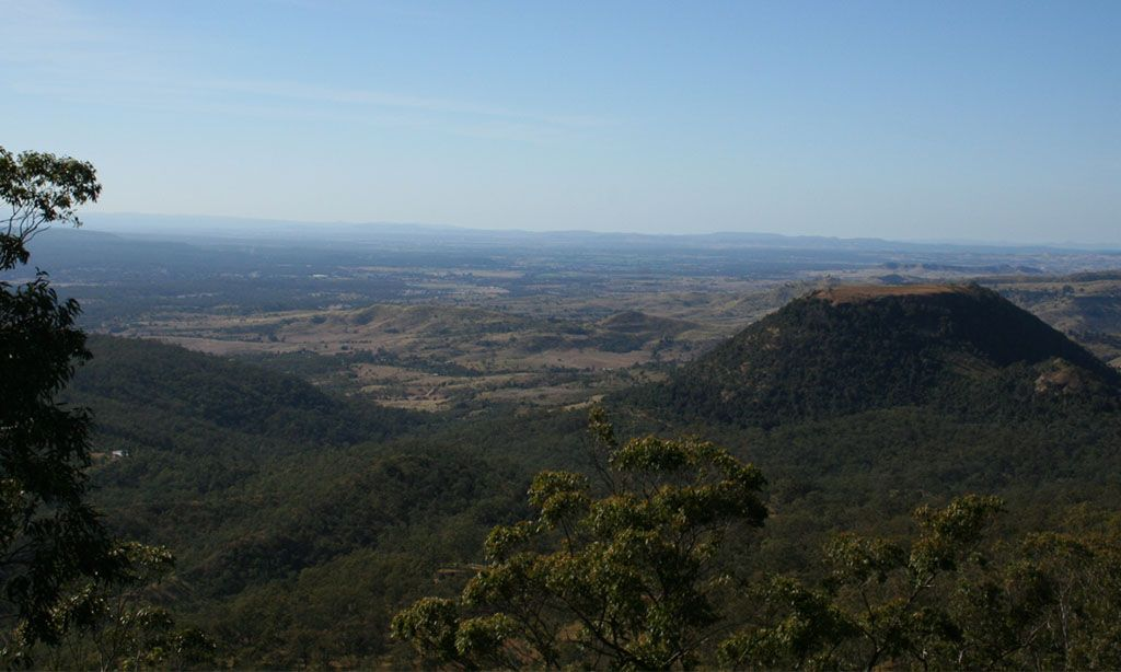 If you're looking for something a little more #adventurous as well as an #opportunity to get the #kids moving and #improve their #endurance, #Table #Top #Mountain #Toowoomba is a beautiful place to #hike.