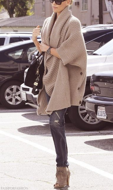25 Latest Chic Sweater Clothing Styles for Fall -
