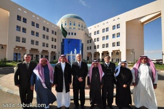 جامعة فهد بن سلطان تستضيف وفد من وزارة التعليم العالي صحيفة صدى