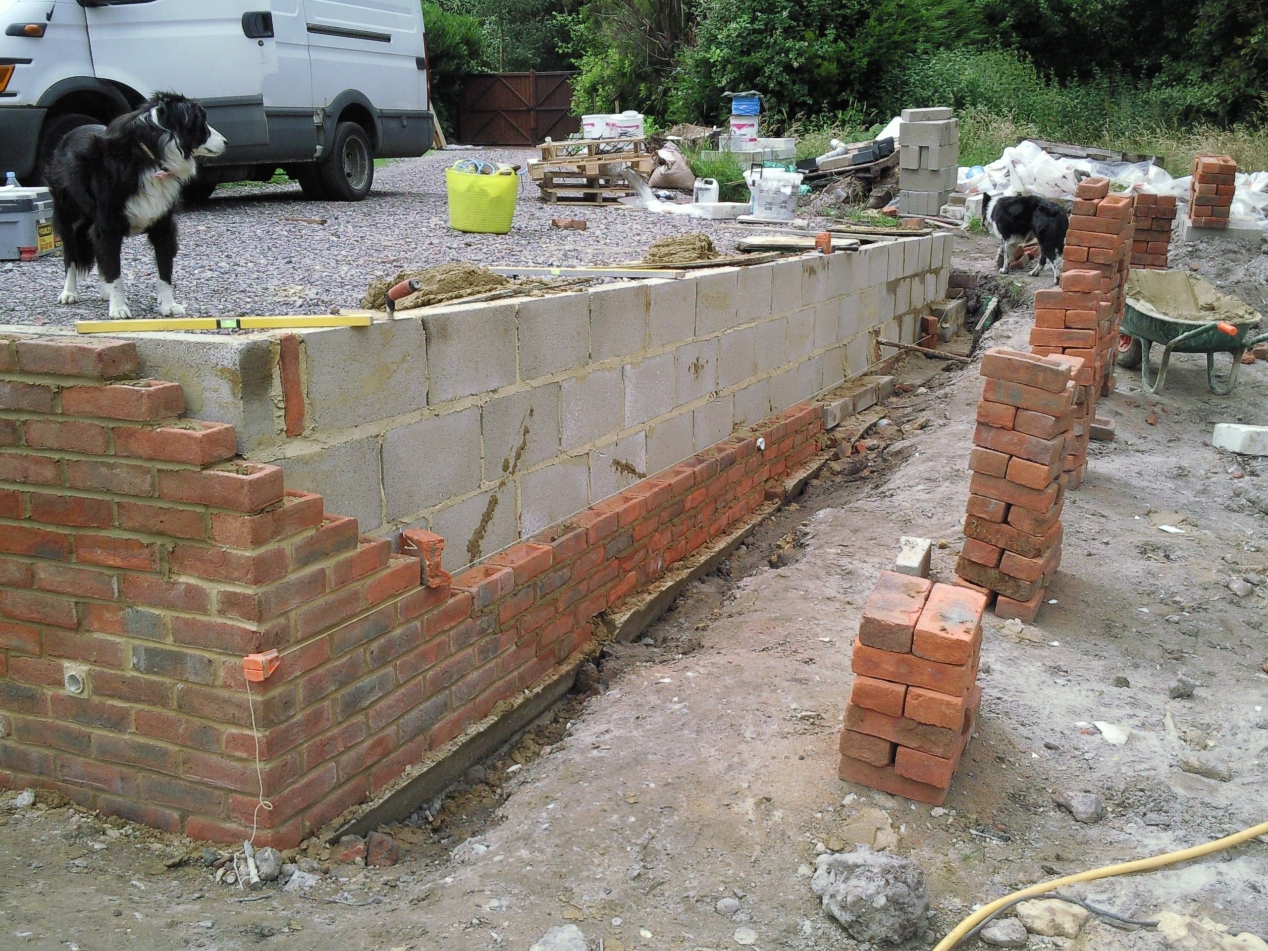 brick garden wall Retaining wall built by Southampton builder
